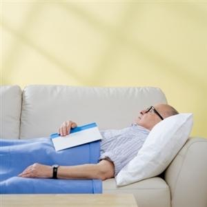 Dormita sul divano non sono ipocondriaco - Dormire sul divano ...